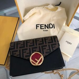 Fendi Wallet on Chain